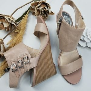 Vince Camuto - 8m Taupe 3.5in Zip Sandal Wedges